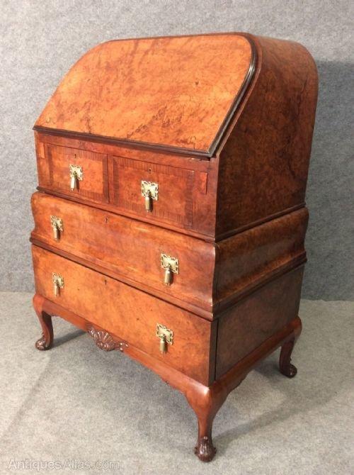 queen anne style bureau antiques atlas. Black Bedroom Furniture Sets. Home Design Ideas