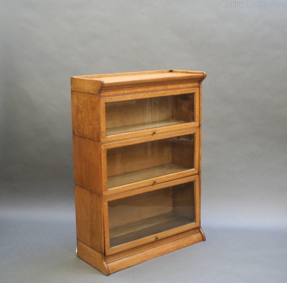 Globe wernicke type bookcase by gunn antiques atlas for Types of bookshelves