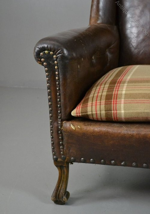 Brown leather armchair antiques atlas for Brown leather couch with studs