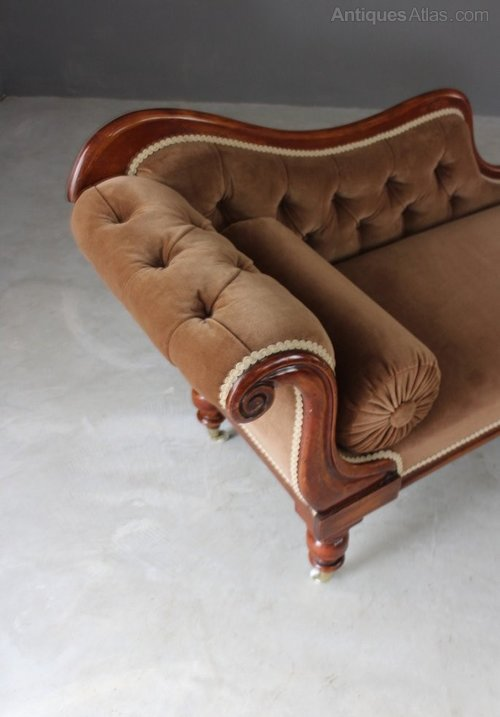 Victorian upholstered chaise longue antiques atlas for Antique edwardian chaise longue