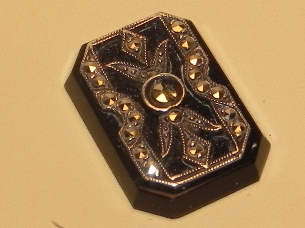 vintage brass marcsite top powder compact