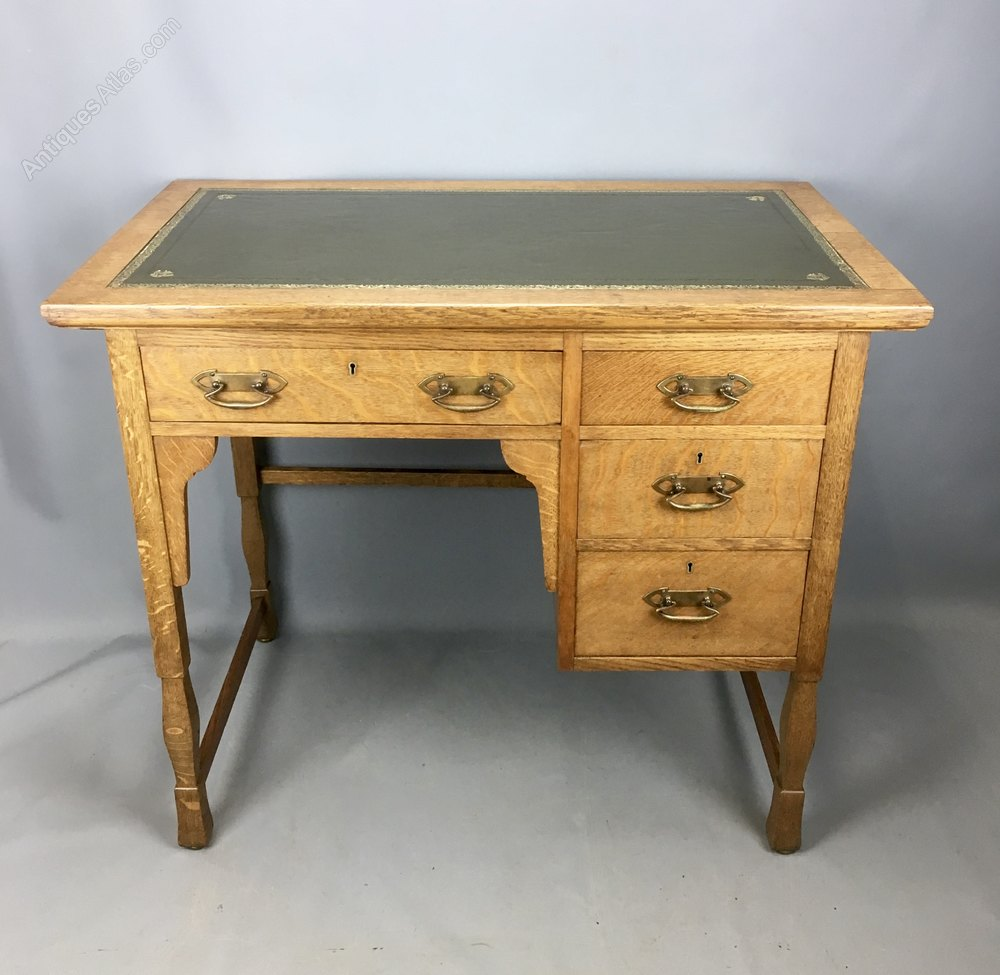 Shapland And Petter Arts Amp Crafts Oak Desk C1910