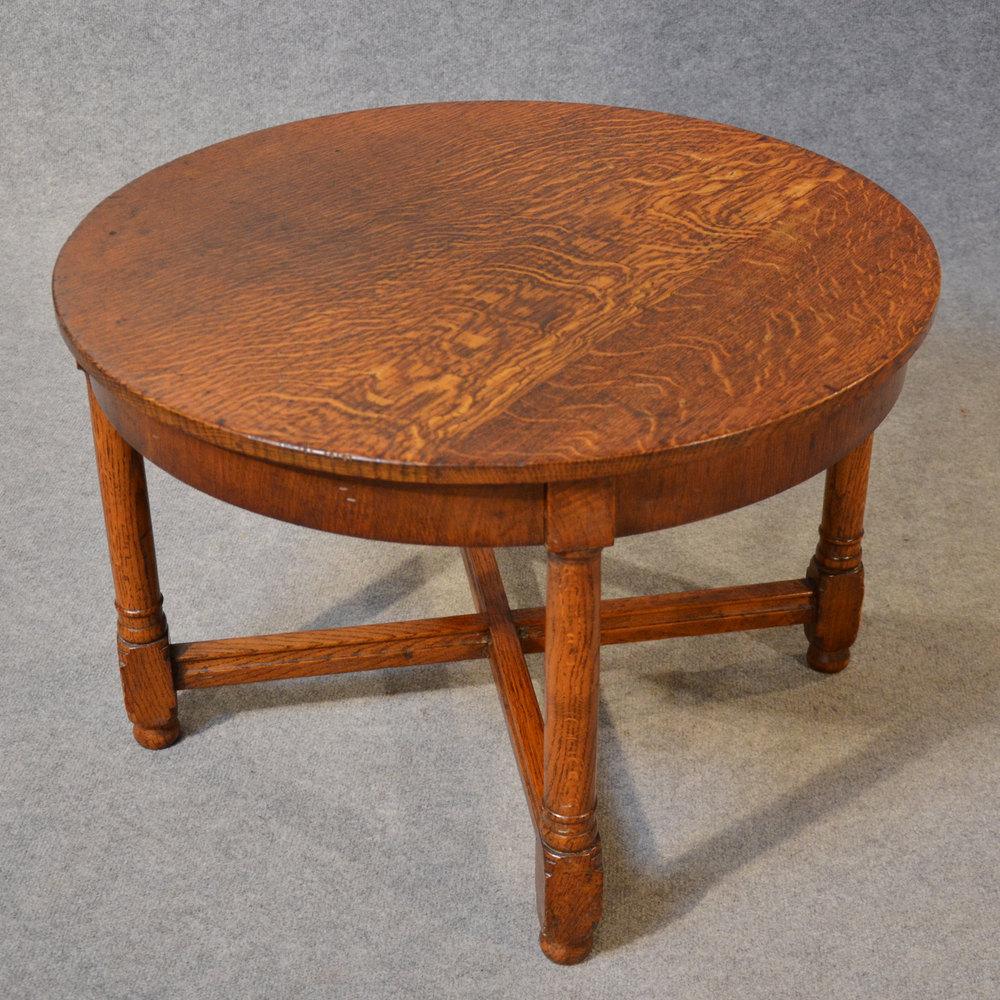 Antique Coffee Table Alt5 Alt6