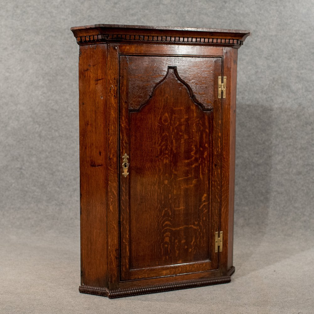 Antique Oak Corner Cabinet Wall Cupboard Quality - Antiques Atlas