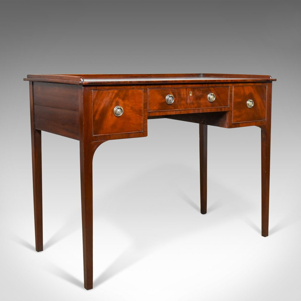 Dovetails  A Clue for Dating Antiques  The Harp Gallery