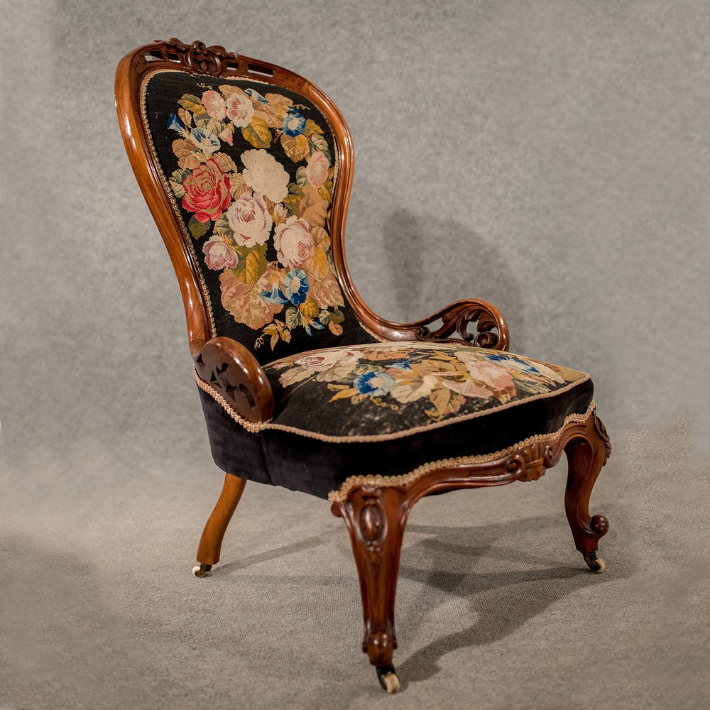 Antique Walnut Spoon Back Armchair Chair Antiques Atlas