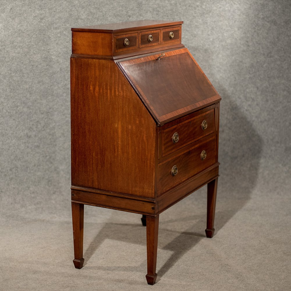 writing bureau desk Choose from 600+ antique bureau, prices from £150 to £34,500 only genuine antique bureau approved date of manufacture declared on all antique bureau.