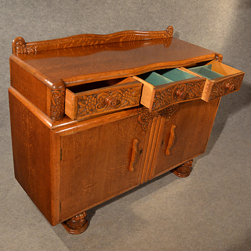 antiques atlas art deco sideboard cabinet buffet cupboard. Black Bedroom Furniture Sets. Home Design Ideas