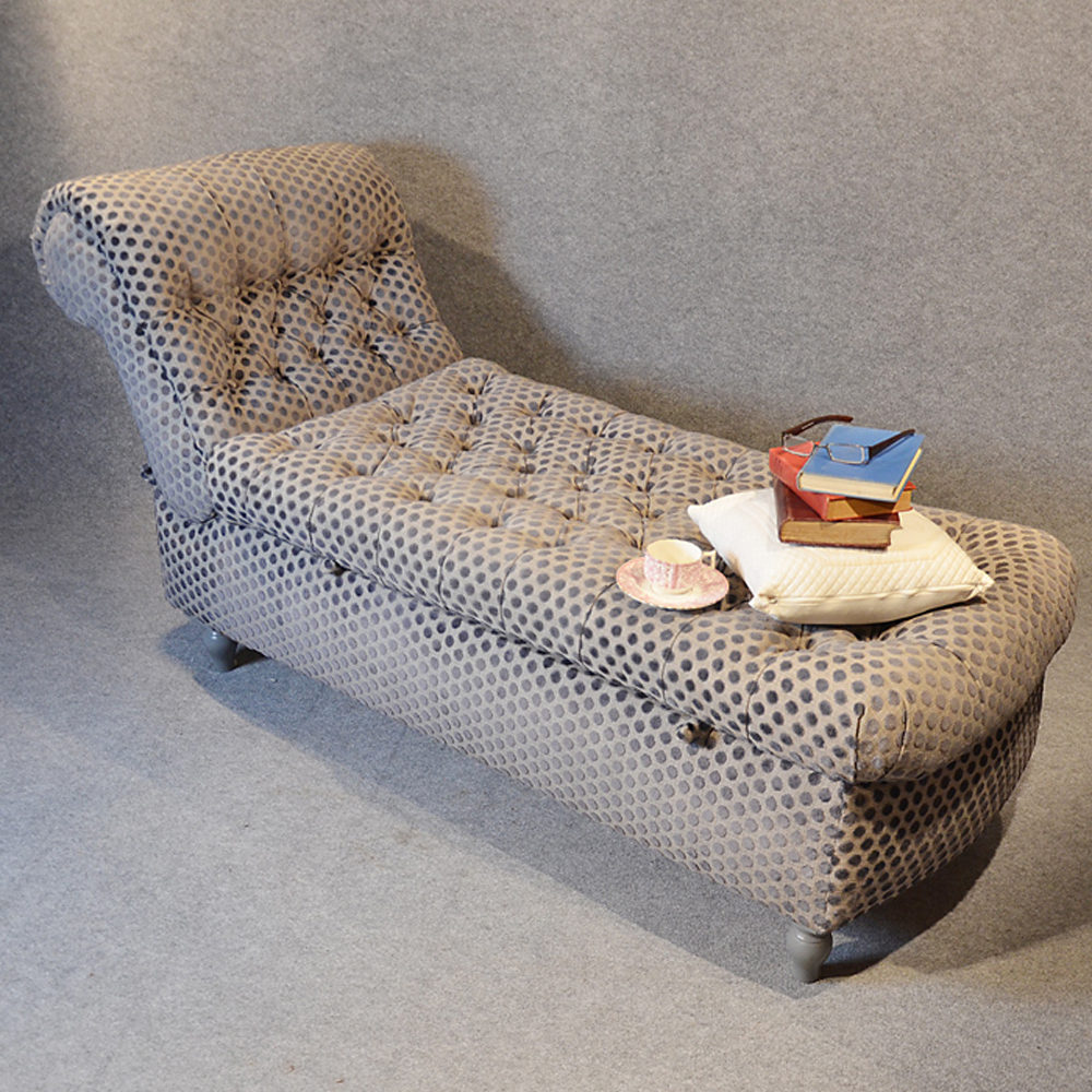Awesome Chaise Longue Sofa Couch Settee Victorian Day Bed Antiques Dailytribune Chair Design For Home Dailytribuneorg