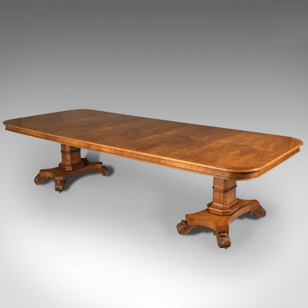 Antiques atlas large extending walnut dining table 6 12 for Table 6 to 12