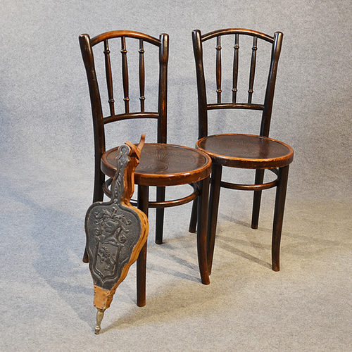 thonet bentwood pair of kitchen dining cafe chairs antiques atlas. Black Bedroom Furniture Sets. Home Design Ideas