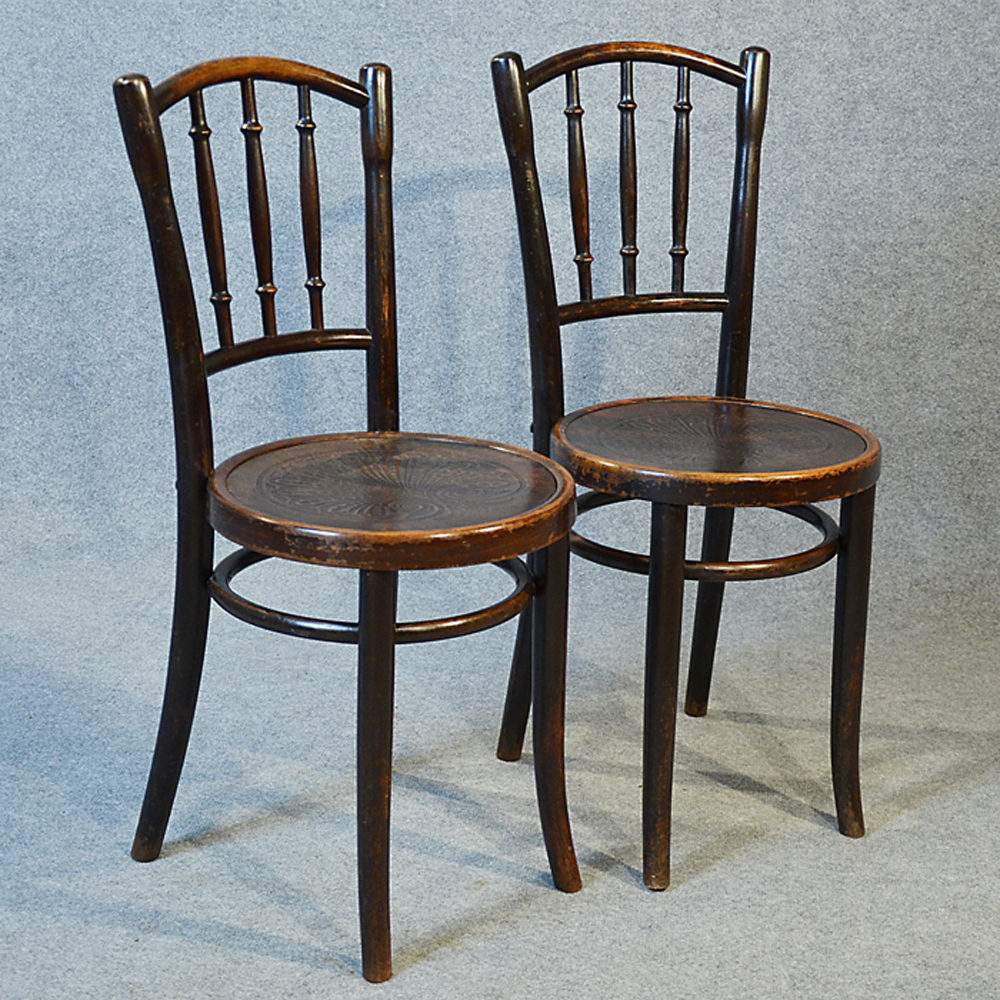 Thonet Bentwood Pair Of Kitchen Dining Cafe Chairs