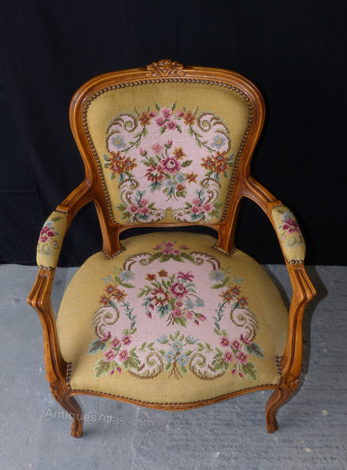 Attractive French Louis XV Style Arm Chair - Antiques Atlas XG28