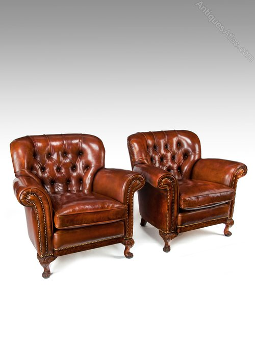 Merveilleux Pair Of Antique Walnut Leather Armchairs
