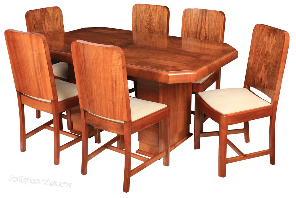 Ideal Art Deco Dining Table and Chairs