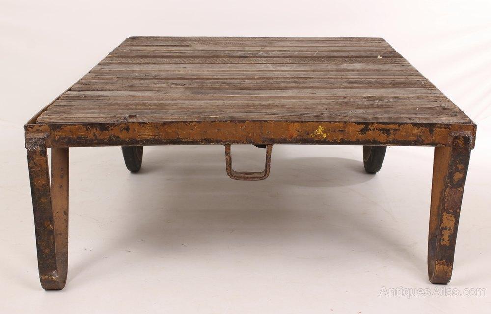 Trolley Coffee Table.Industrial Trolley Coffee Table