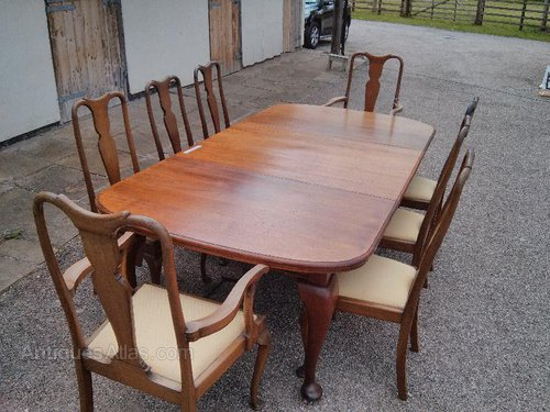 Oval Ended Mahogany Dining Table 8 10 Seater