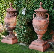 Attractive A Large Decorative Pair Of Ter