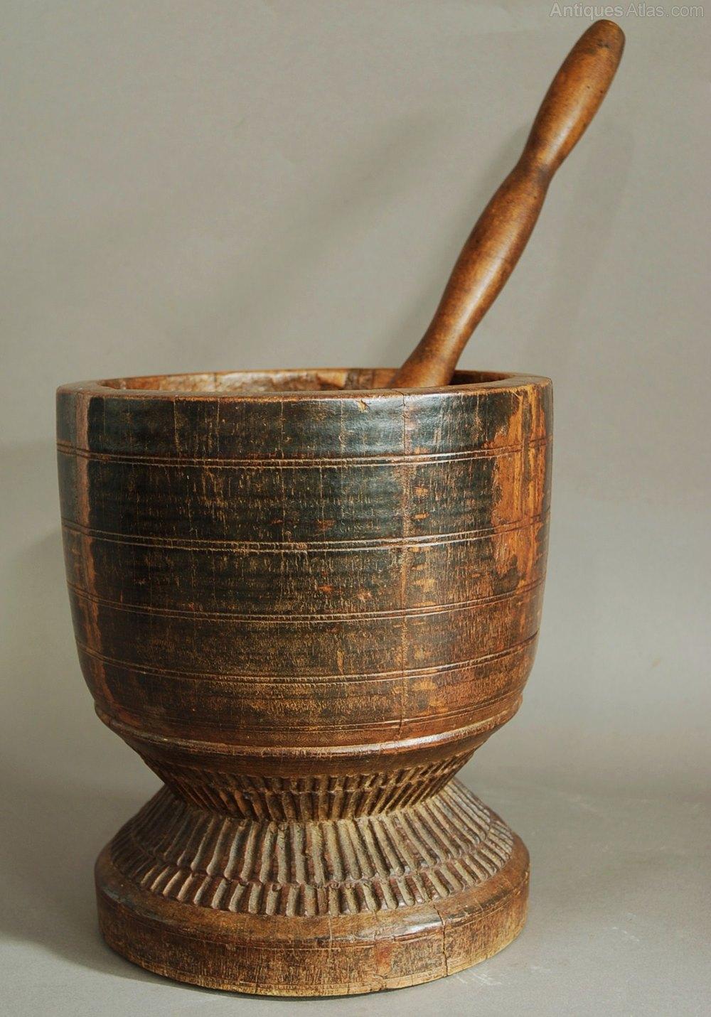Large Decorative Flower Pots: Large & Decorative Pestle & Mortar