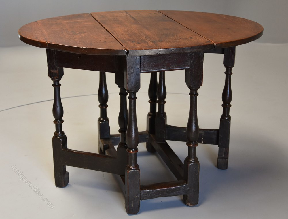 ... Antique Gate Leg Tables ...