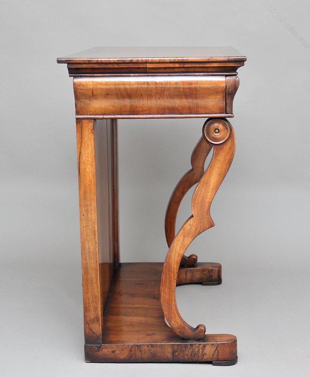 19th century continental walnut console table antiques atlas for Th 37px60b table top stand