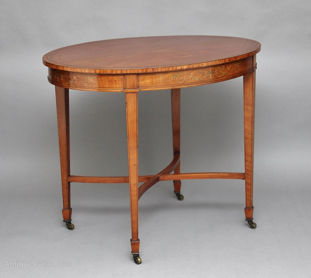 19th century satinwood center table antiques atlas for Table th center css