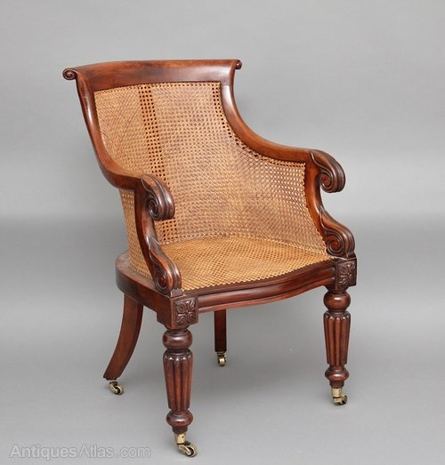 Mahogany Bergere / Library Chair Antique Bergere Chairs bergere chair ... - Mahogany Bergere / Library Chair - Antiques Atlas