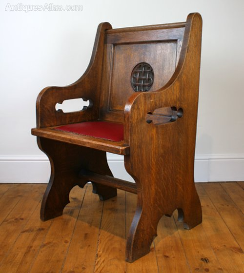A Gothic Revival Oak Hall Chair Antique Hall Chairs ... - A Gothic Revival Oak Hall Chair - Antiques Atlas