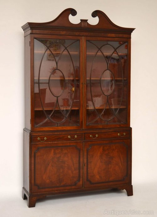 Stunning Mahogany Chippendale Style Astral Glazed Display Cabinet Cabinets Antiques