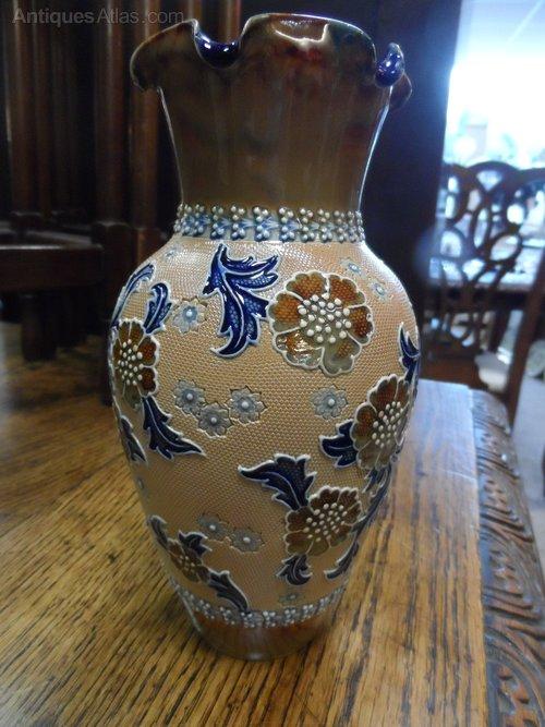 Antiques Atlas Art Union Of London Royal Doulton Vase
