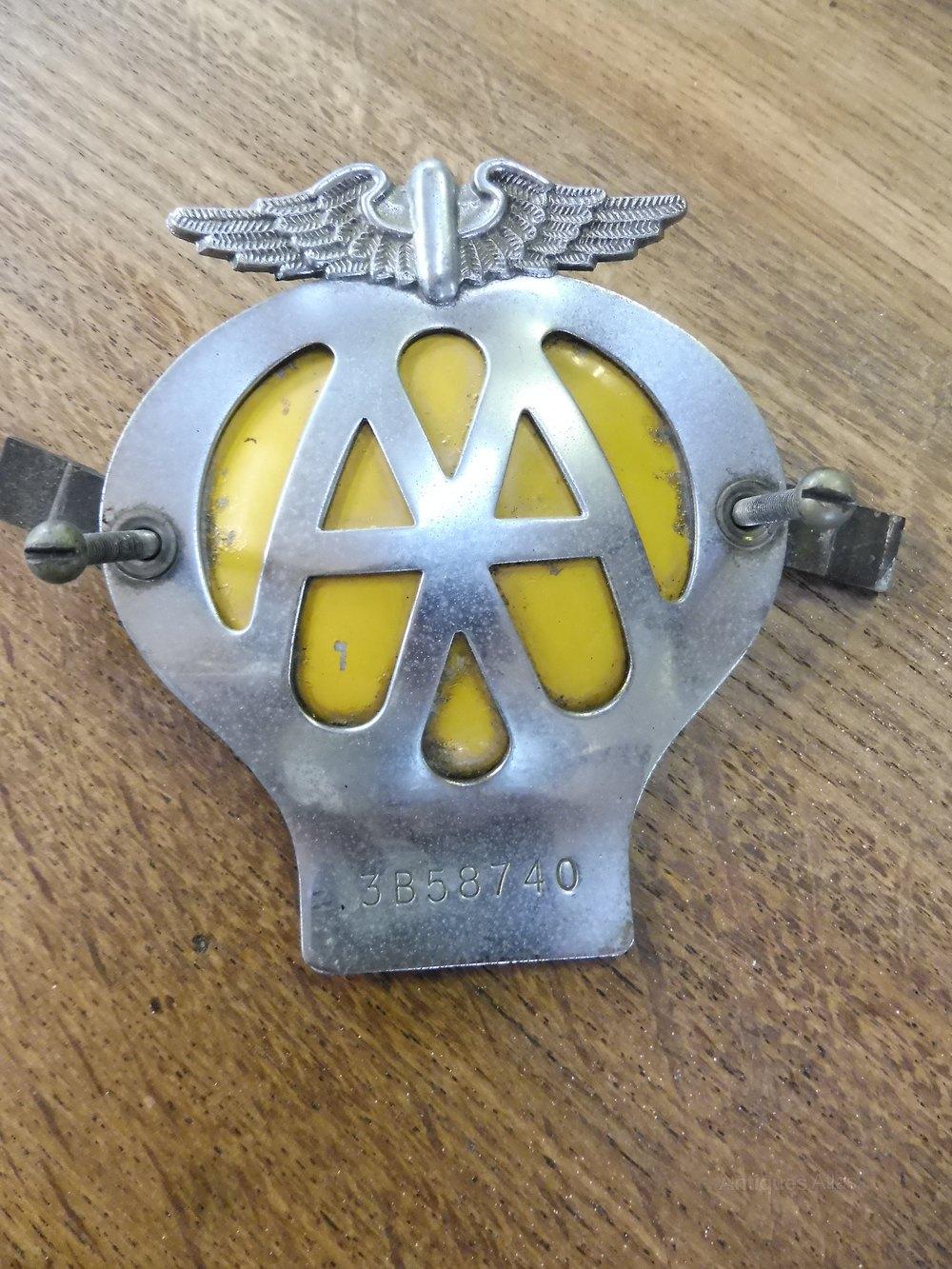 Vintage Aa Badge Badges & Mascots