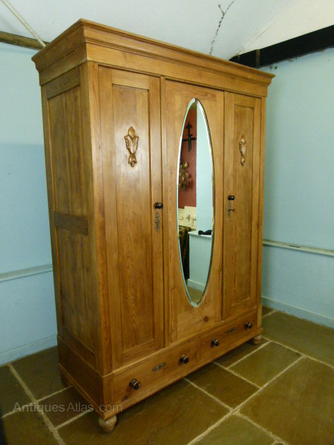 Antique Furniture Beautiful Antique Triple Wardrobe With Bevelled Mirror