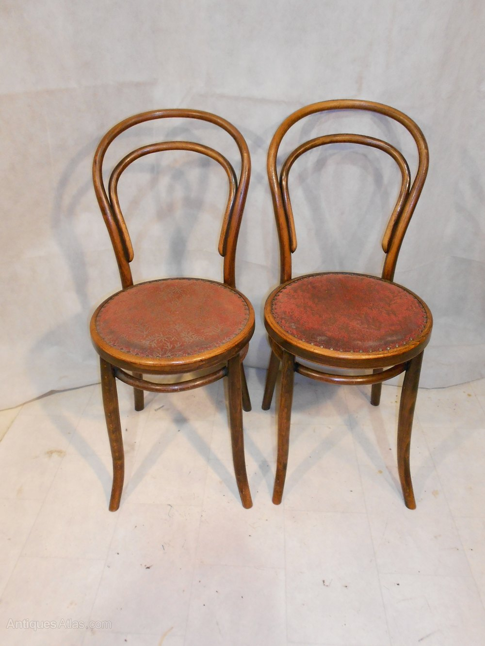 ... bentwood chairs Pair of Antique Chairs ... - Antique Classic Design Icon No 14 Bentwood Chairs - Antiques Atlas