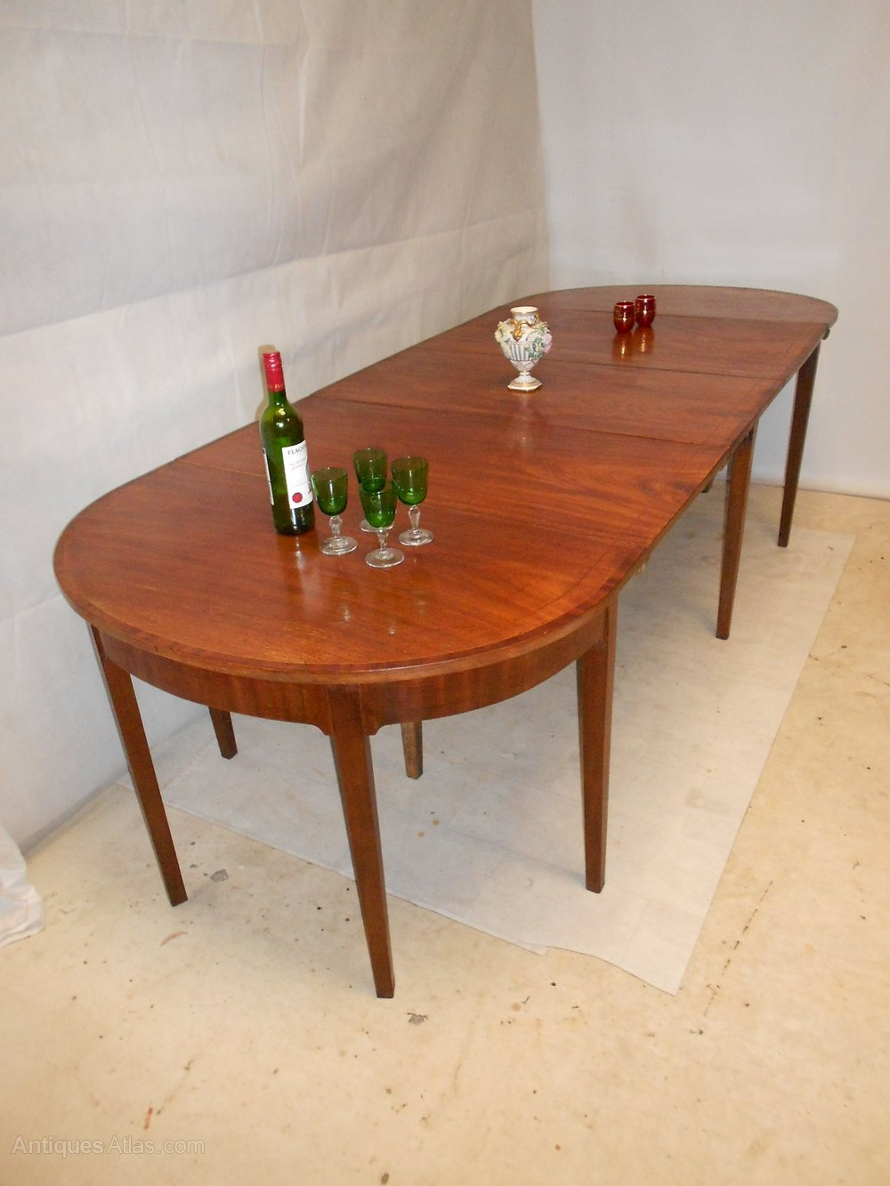 Fabulous  Dining Tables antique george iii