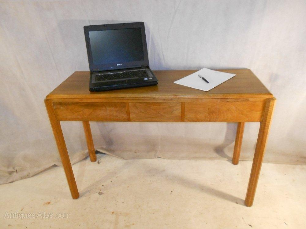 Arts Crafts Desk By Brynmawr Designer A Reynolds