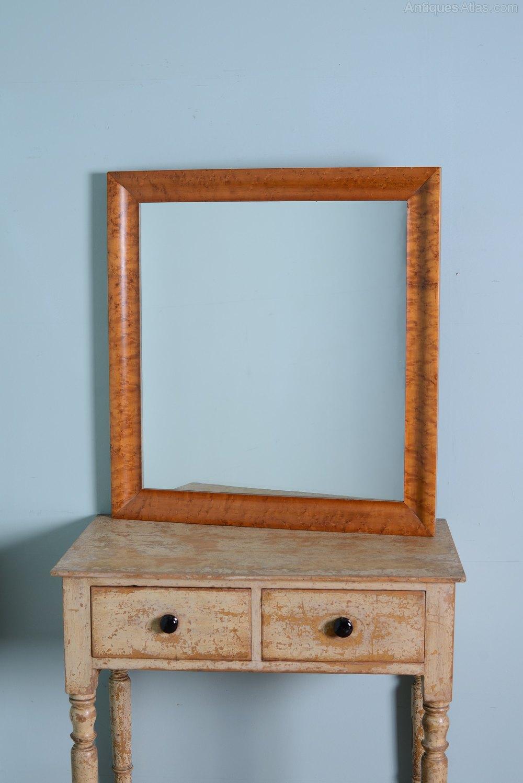 19th Century Birds Eye Maple Antique Mirror. - Antiques Atlas - 19th Century Birds Eye Maple Antique Mirror.