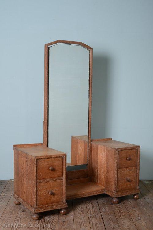 Bon Heals 1930s Oak Dressing Vanity Table ...