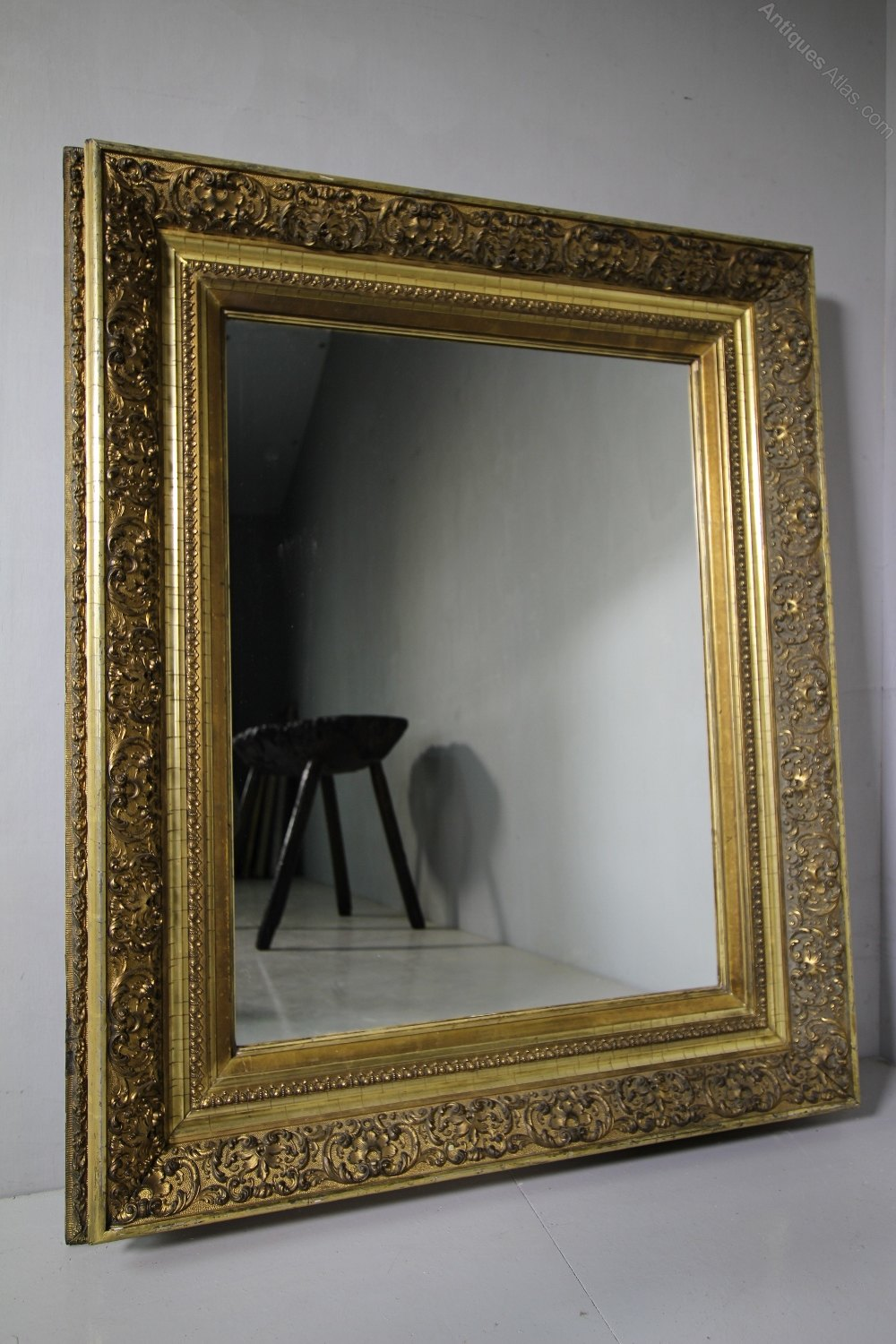 Antiques atlas large 19th century ornate antique gilt for What is a gilt mirror
