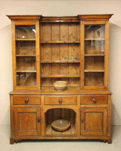 Mid 19th Century Antique Oak Welsh