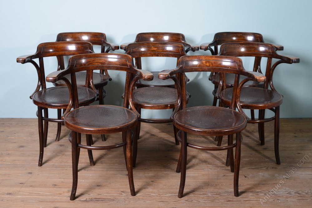 Set Of 8 1930 S Bentwood Dining Chairs Antiques Atlas