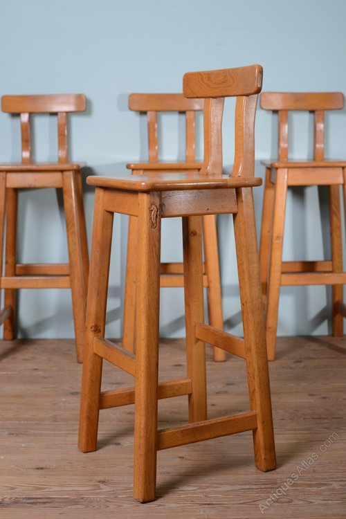 Set Of Four Vintage Seahorse Man Bar Stools Vintage And Retro Stools ...