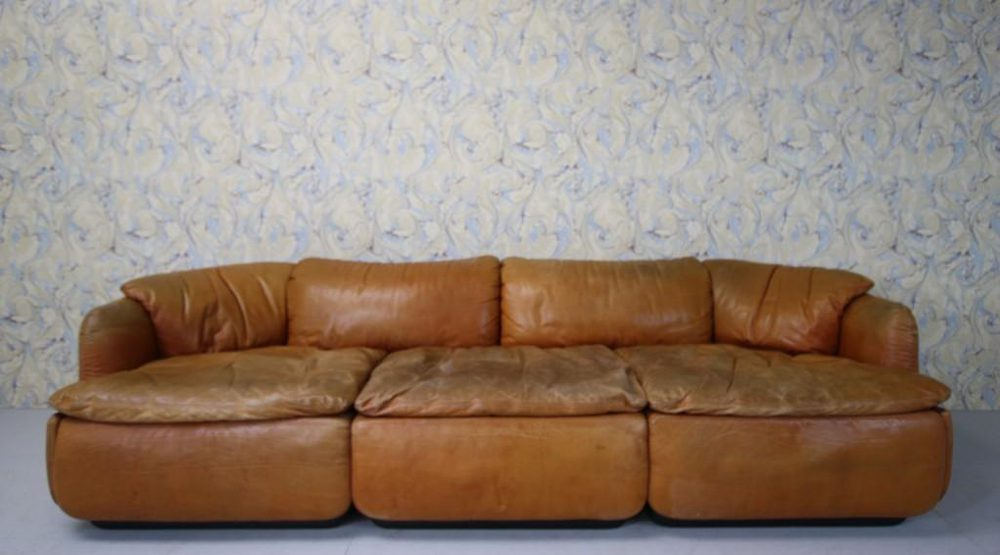 Vintage And Retro Settees And Sofas ...
