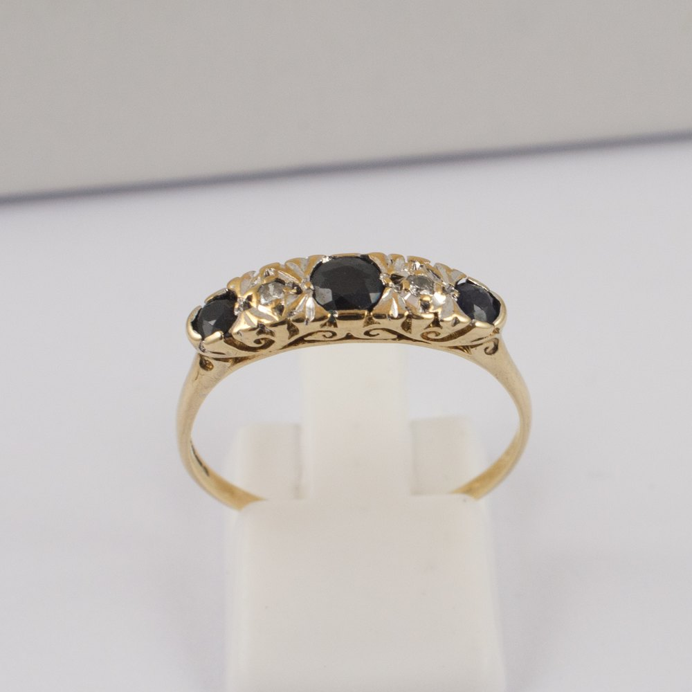 antiques atlas sapphire ring 9ct gold