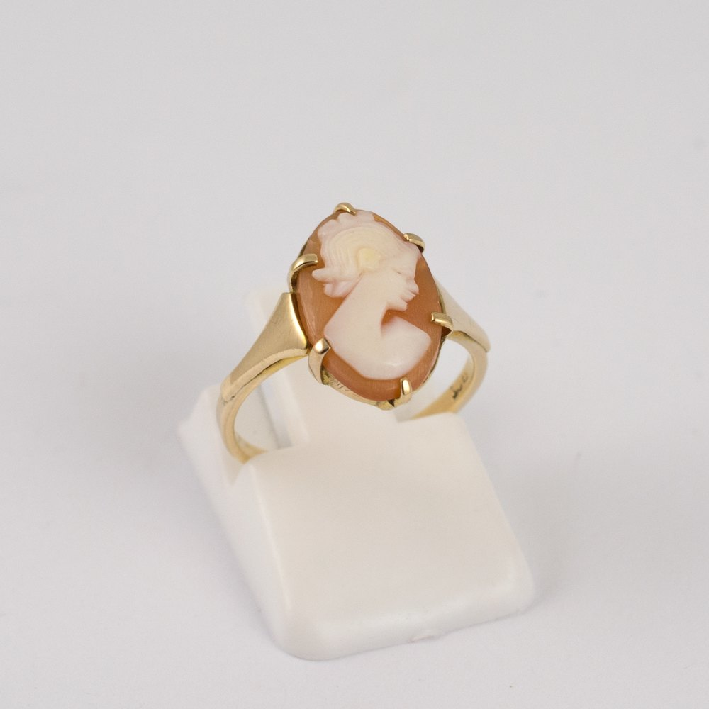 Antiques Atlas Vintage 9ct Gold Cameo Ring