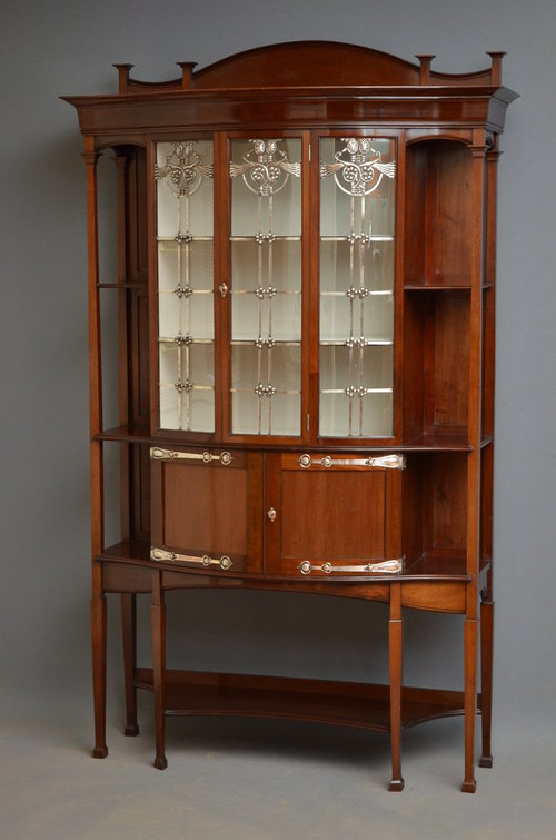 Very Stylish Arts and Crafts Display Cabinet Antique ... - Very Stylish Arts And Crafts Display Cabinet - Antiques Atlas