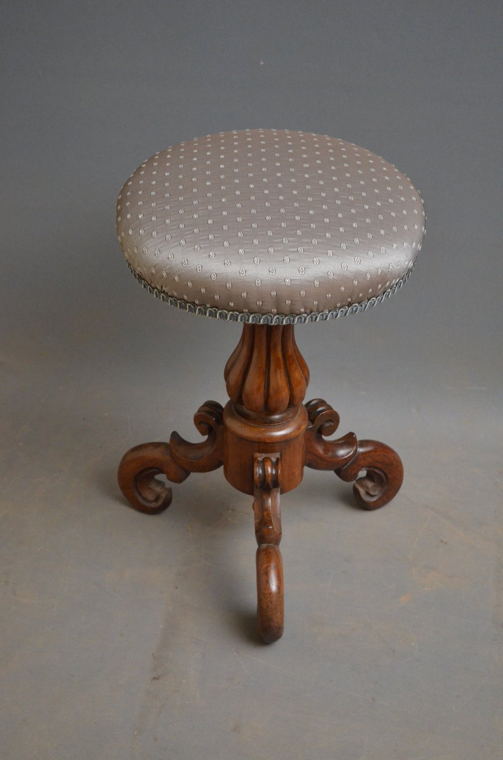 Early Victorian Rosewood Piano Stool Antiques Atlas
