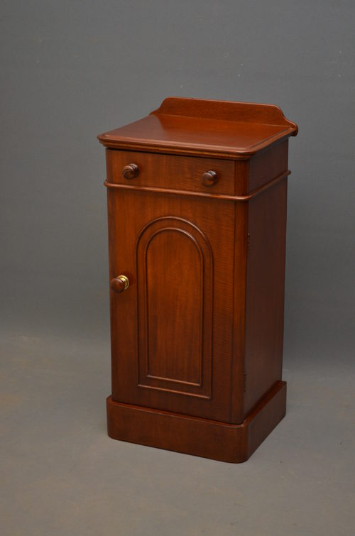 Victorian Bedside Cabinet In Mahogany