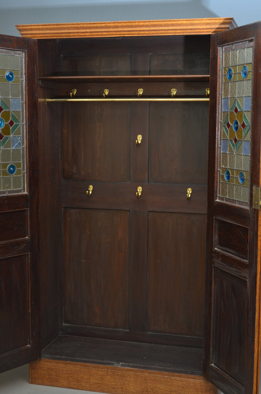Victorian Oak Hall Cupboard - Antiques Atlas