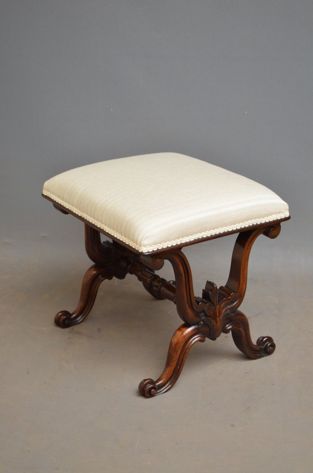 Dressing Table Chairs And Stools: William IV Rosewood Dressing Table Stool