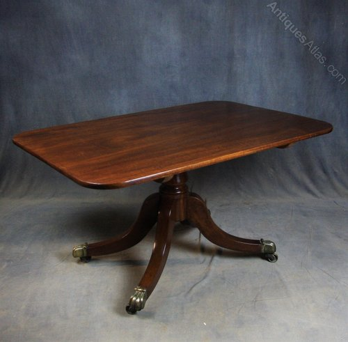 Regency Mahogany Breakfast / Dining Table